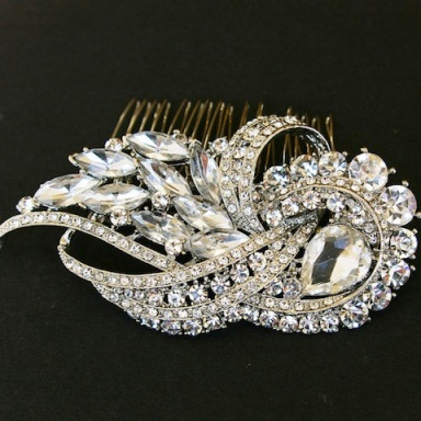 Crystal-Art-Deco-Hair-Comb-http-_www.etsy_.com_listing_82173330_crystal-art-deco-comb-vintage-bridal