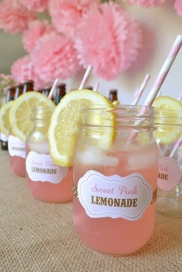 pastel-wedding-inspiration-pink-lemonade-in-mason-jars