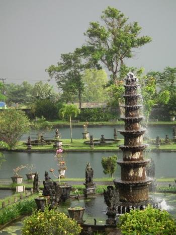 Tirta_Gangga_water_palace,_Bali,_Indonesia